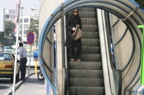 переходи на широких шосе тегерана